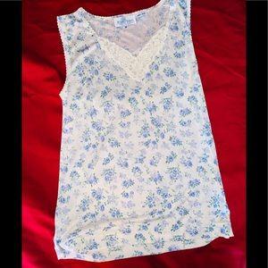 WinterSilks Blue & Cream Lacey V-Neck Floral Tank